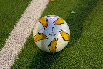 Molten UEFA Europa League Spielball F5U5003-G18
